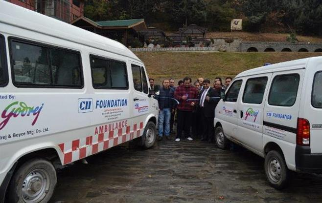Sajad Lone launches  Ambulance service