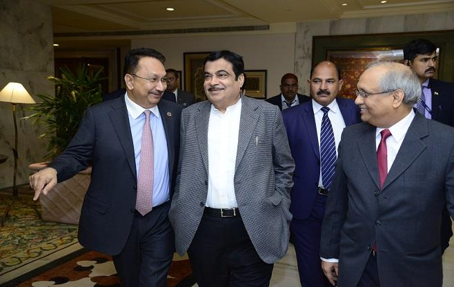 CEOs Dialogue with Shri Nitin Gadkari
